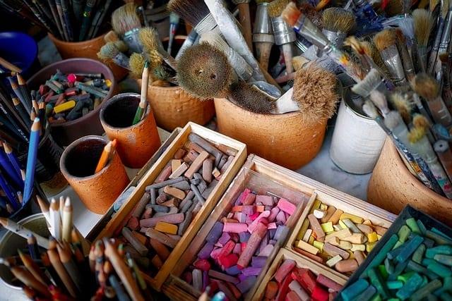 gift idea for artist, chalk for artists, dry medium